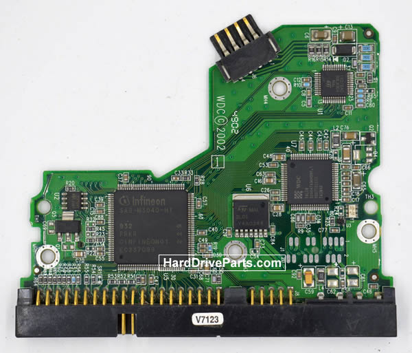 WesternDigital製HDDの回路基板2060-001127-003